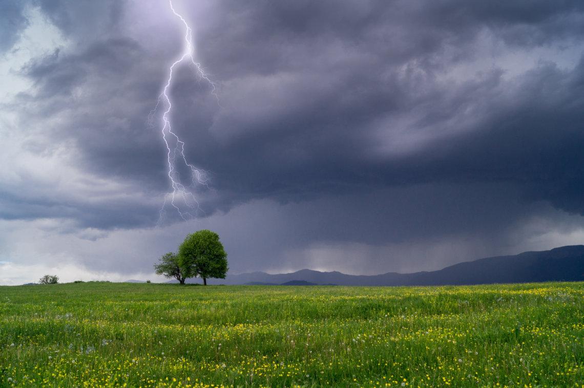 lightning landscape