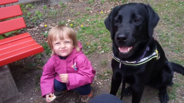 Kind und Daphne