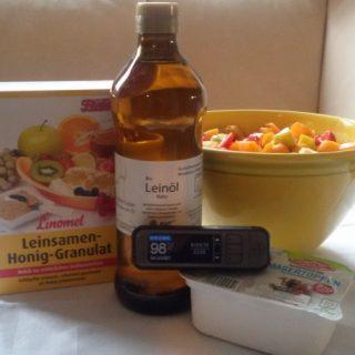 Zutaten Frühstück und Messgerät