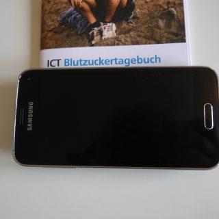 Mein Handy, Kommunikationsmittel für Arzt-E-Mails und Blutzuckertagebuch
