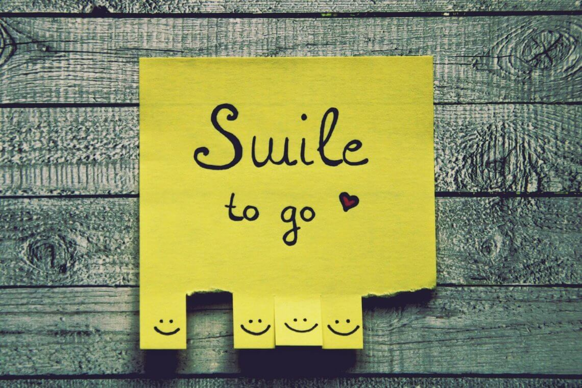 Post it: Smile to go